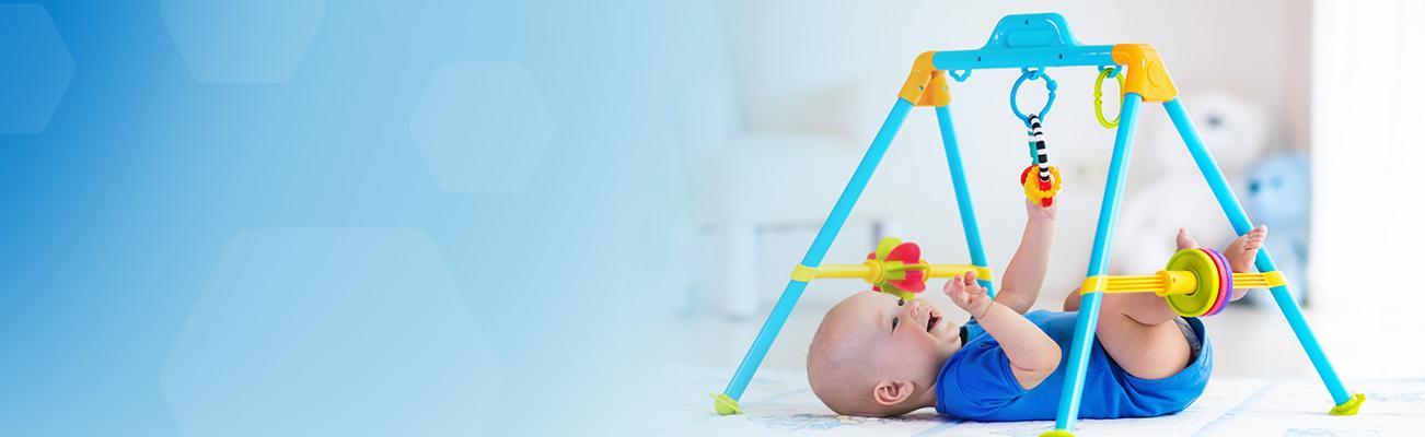 พัฒนาการทารกแรกเกิด – 1 ปี ที่พ่อแม่มือใหม่ต้องรู้