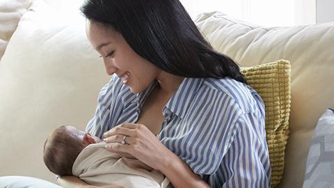 เด็ก 6 เดือนแรก ต้องการสารอาหารในน้ำนมแม่