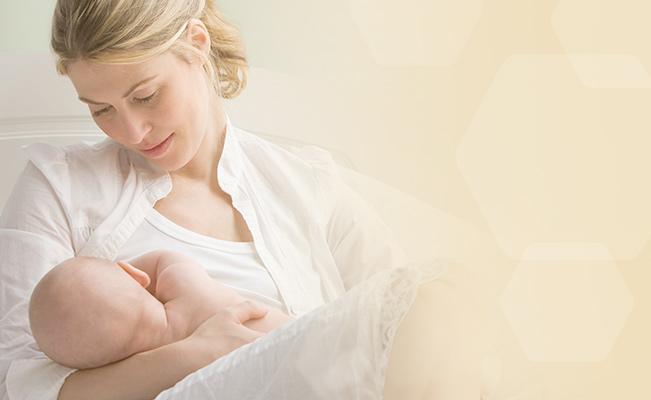 เลี้ยงลูกด้วยนมแม่